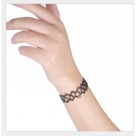 Black bracelet choker