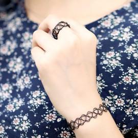 Bague et bracelet noir Chokers