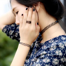 Ensemble Bague, bracelet, collier noir Chokers
